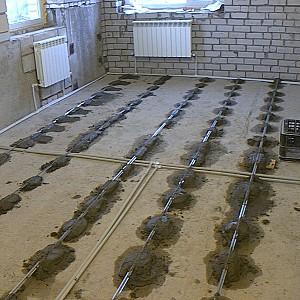 Заливка пола бетоном в частном доме